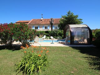 Large landhouse in Vénéjan, Gard, indoor pool and pets allowed