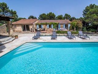 Villa con gran parque, en Saint-Nazaire, Gard, piscina y mascota