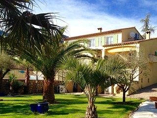 0209-01-01 Villa Corinne, 10P. Vence, Cote d'Azu