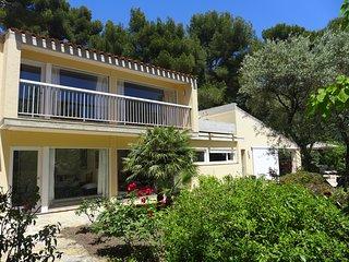 Villa de vacaciones, Sanary-sur-Mer, a 500 m de la playa, piscina privada