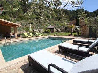 Provencal landhouse, Le Barroux, Mont-Ventoux, Vaucluse, private pool