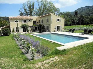 Exceptional holiday house with pool, in Souspierre, Drome provencale