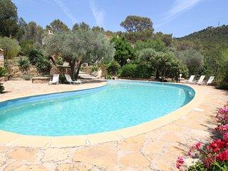 Villa de lujo en Ceyreste en la bahia de La Ciotat, piscina privada