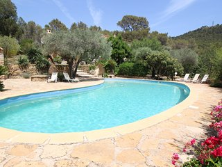 Luxury villa in Ceyreste on the bay of La Ciotat, pool, pet admited