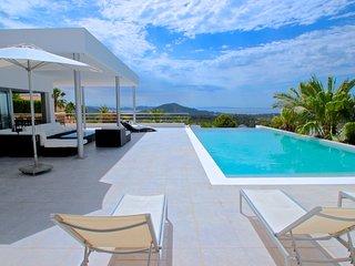 Villa para 14/16 pax con vistas al mar en Ibiza
