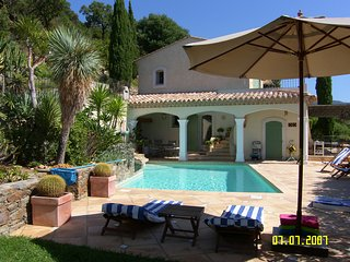 Air-conditioned villa, sea view, Le Lavandou, Var, pool, pet allowed