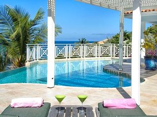 Prana - Ideal for Couples and Families, Beautiful Pool and Beach