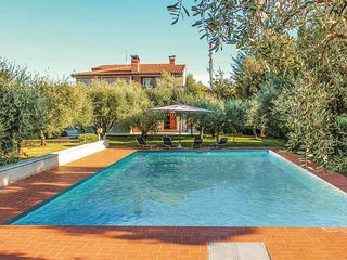 6 bedroom Villa in Montesecco, The Marches, Italy : ref 5576738