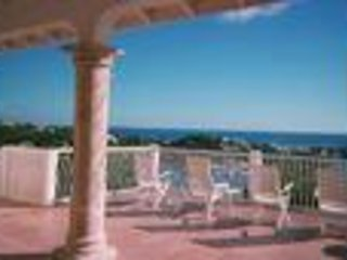 Villa Paradijs - Ideal for Couples and Families, Beautiful Pool and Beach