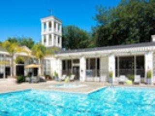 Newly updated Santa Clara luxury apartment home!