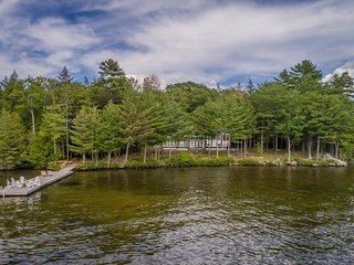 Gorgeous newly built 5 bedroom home on Lake Rosseau available for seasonal