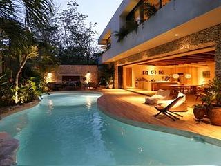 Villa Verde - Ideal for Couples and Families, Beautiful Pool and Beach