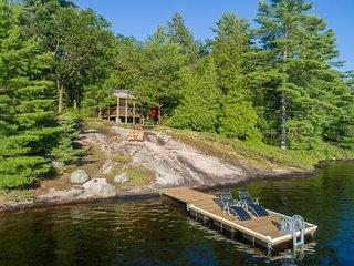 Priscilla's Cottage on Bass Lake