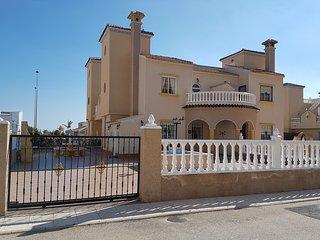 3 bedroom villa, Lomas de Cabo Roig