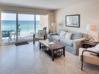 Beach House #501B-Upgraded beachfront condo w/ FREE beach Service in season