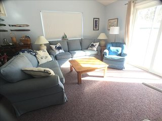 Patio Style with loft, 2 BR, 2 Bath sleeping 6 with A/C & Pool (Fees Apply) - AL