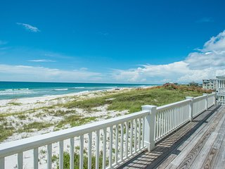 Immaculate Gulf Front Home (2015) w/Elevator & Screen Porch, Outdoor Showers