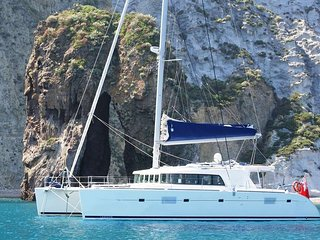 Lagoon 500-All Inclusive Luxury Sailing-Sleeps 8!
