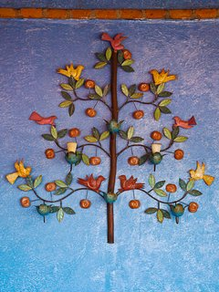 A traditional Tree of Life decorates the Mirador