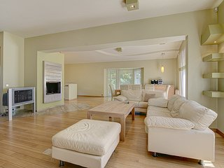 Guests may use the kitchen, dinning area and the living room.
