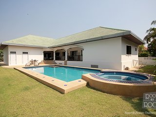 Villas for rent in Khao Tao: V6376