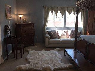 Victorian Grandeur & Country Comfort Escapade Private Room 2