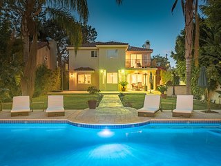 Studio City Villa Inn