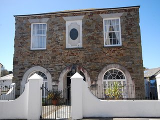 TCOUR House in Bude