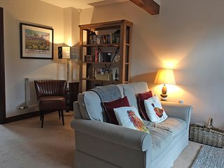 Stepping Stones, Moreton-in-Marsh, Cotswolds, Parking for 2 Cars, Dog Friendly