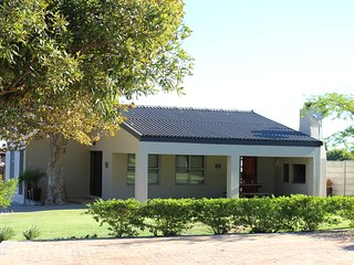 Vredekloof Accommodation Fully Self Catering Unit