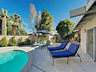Palm Desert-4BR/4BA Two Separate Wings, Pool. Jacuzzi near El Paseo Shopping
