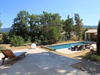 Le Fournil en Provence: gites de luxe a Caseneuve