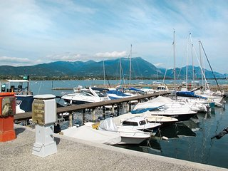 3 bedroom Apartment in Solarolo Rainerio, Lombardy, Italy : ref 5438763