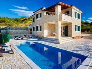 4 bedroom Villa in Stobreč, Splitsko-Dalmatinska Županija, Croatia : ref 5577050