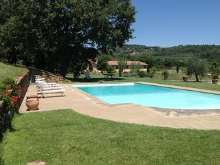 Battifolle Villa Sleeps 10 with Pool and WiFi