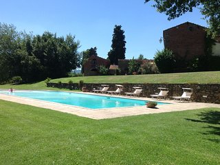4 bedroom Villa in Oliveto, Tuscany, Italy : ref 5490386
