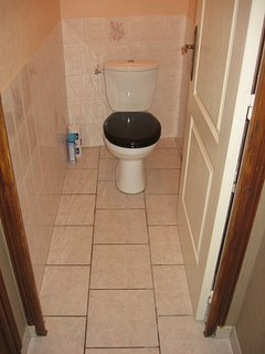 Separate Toilet next to the Family Bathroom