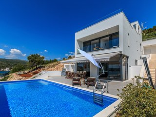 4 bedroom Villa in Stupin Celine, , Croatia : ref 5577048