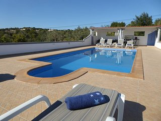 4 bedroom Villa in Faro, , Portugal : ref 5434660