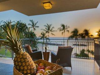 A TRUE Beachfront Villa - Luxury - Privacy - Mesmerizing Ocean Views