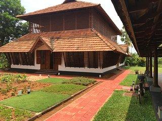 Kumarakom Heritage Bedroom 1