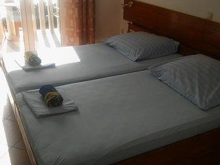 Room Stanici, Omis (S-14783-a)