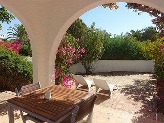 BUGANVILIA - Appart 2 chambres avec jardin, 500m de la plage PRAIA DA LUZ