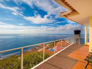 Benoni House: Excellent sea and mountain view