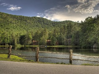 Foxhunt Sapphire, North Carolina