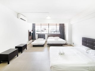 (Central Orchard) Prime Districts Big Group Stay For Family & Friends (18-24pax)