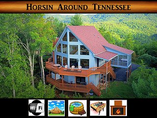 Horsin Around Tennessee