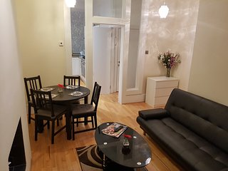 Beautiful and cosy flat centrally located,