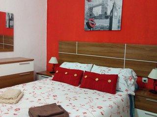 excepcional apartamento 2 dormitorios wifi y tvsat