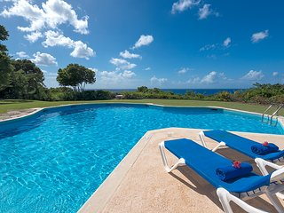 5Bed+Pool+Sea View+Tennis Court+Butler+Cook